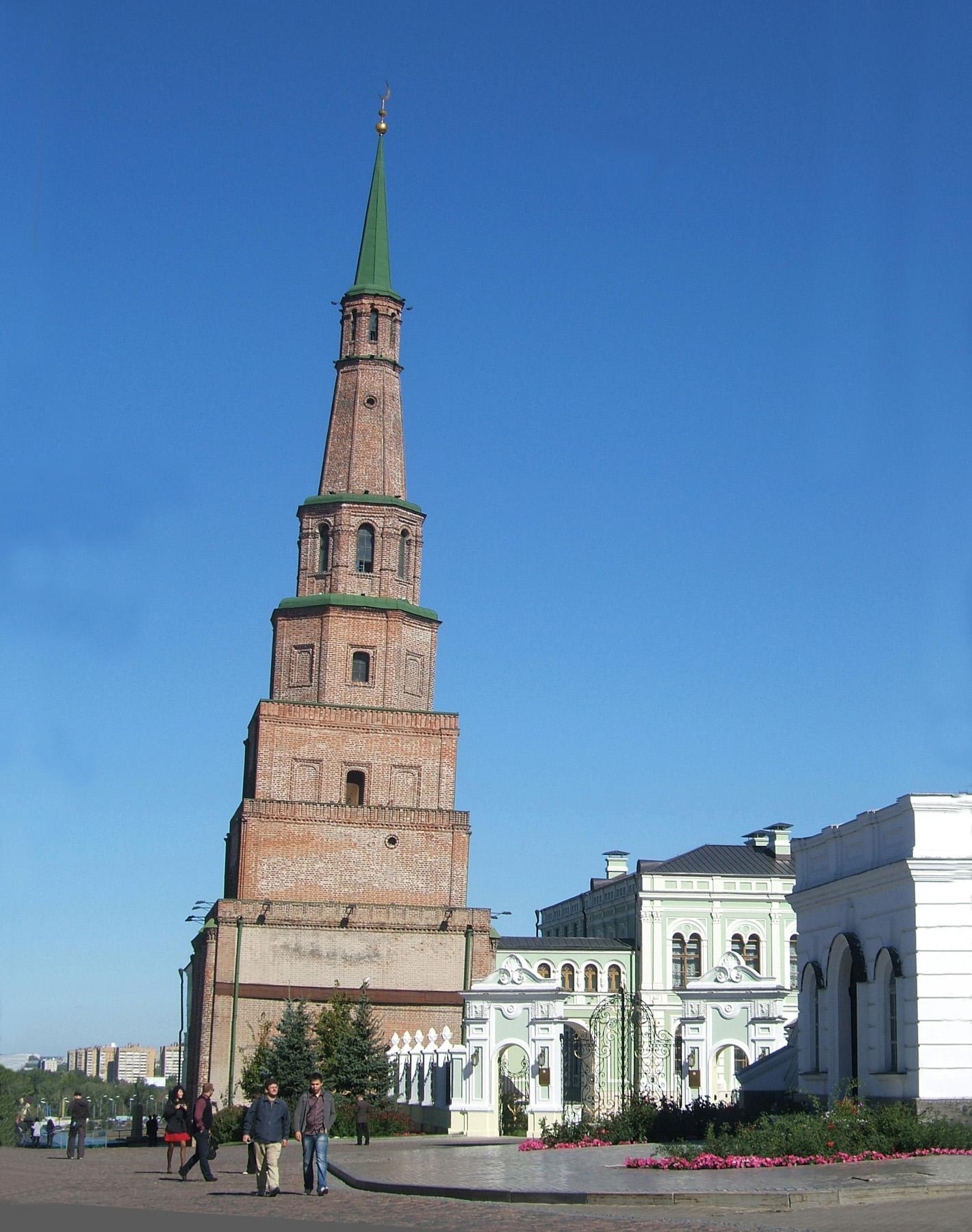 soyembika falling tower of kazan kremlin